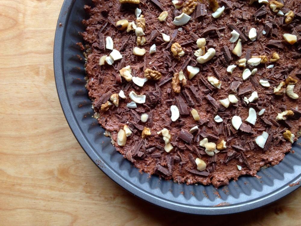 VEGAN NO-BAKE NUTTY CHOCOLATE TART